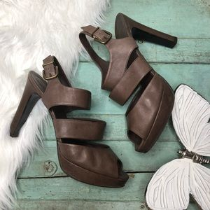 J. CREW Heels 9 Sandals Strappy Brown Leather